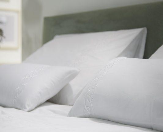 Luxury Bedding Company header 2