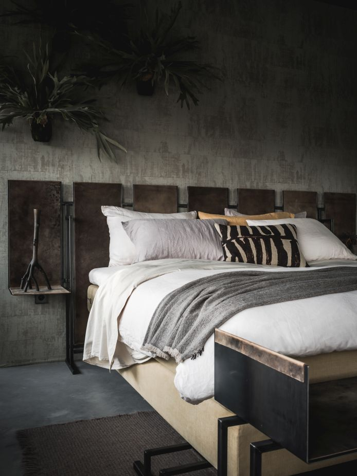 Nilson Beds - 14